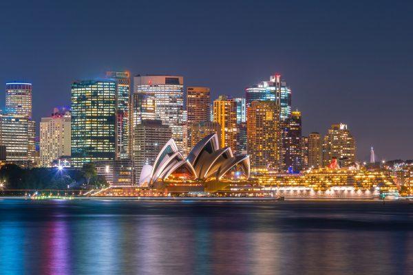 Sydney_Harbour_at_night_Adobe